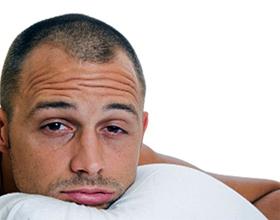 Аллергия на подушки: симптомы, причины и что делать