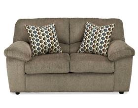 Аллергия на мебель: причины, симптомы и что делать