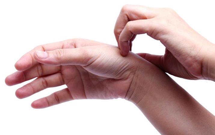 Зуд рук